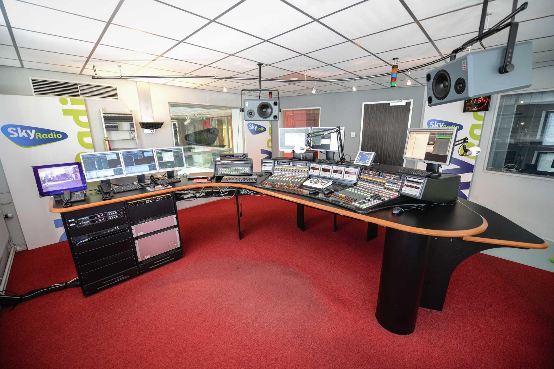 Sky radio 2004 kb mf - Meubels studio ...
